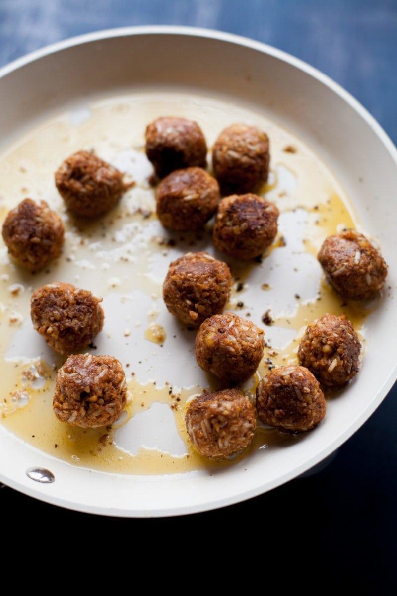Vegan Meatballs - Skillet