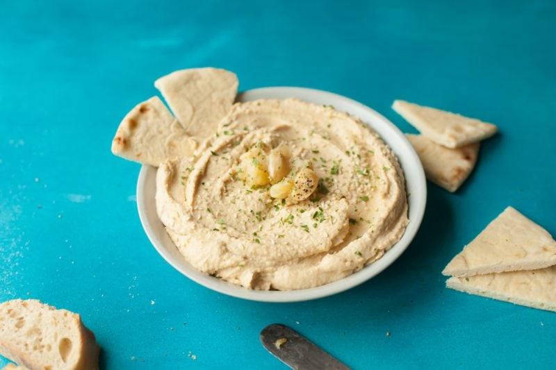 How to Roast Garlic - Hummus