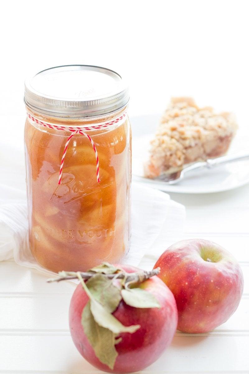Bourbon-Vanilla Bean Apple Pie Filling