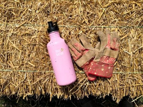 Garden: Water Bottle and Gloves