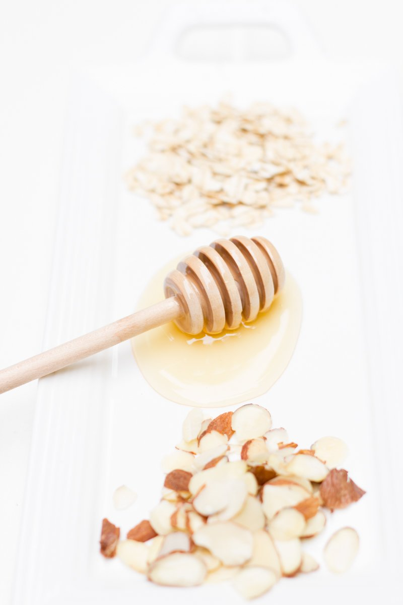 Toasted Almond and Honey Overnight Oats