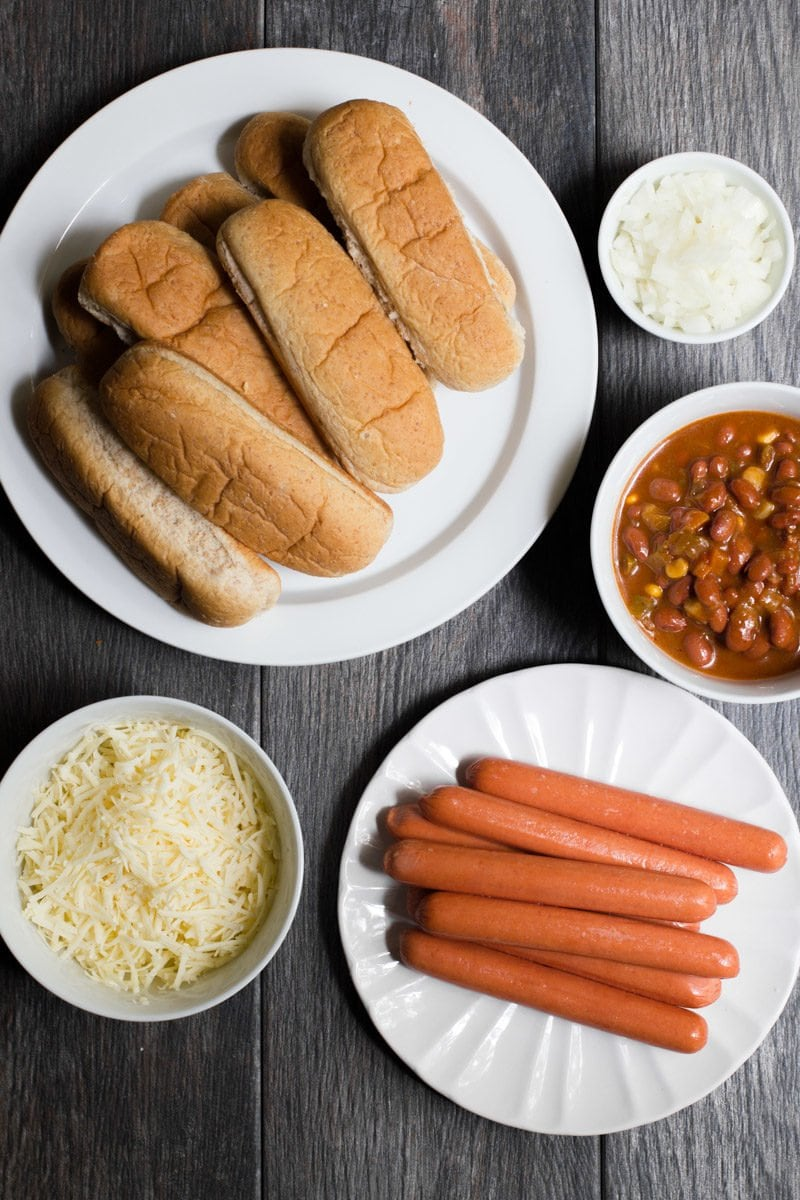 Oven Chili Dogs